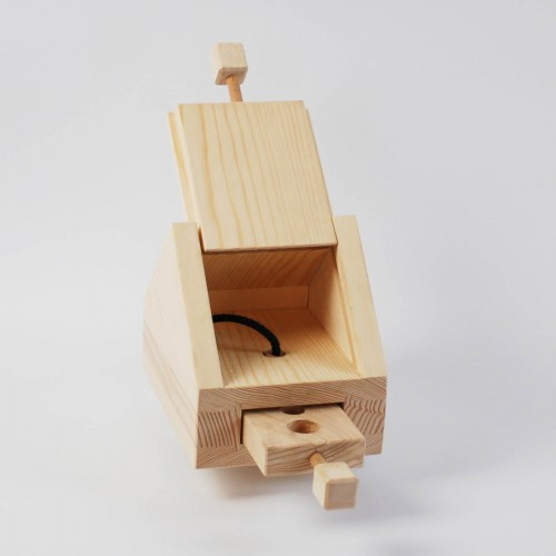 Hundespiel aus Holz - Hundehütte