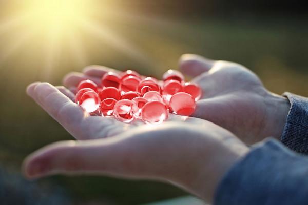 Wasserperlen, Wasserkugeln, Sensorik-Kügelchen - Rot