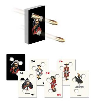 Pokerkarten mit Einschusslöchern