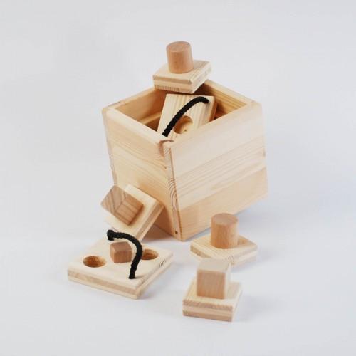 Hundespiel aus Holz - Babuschka