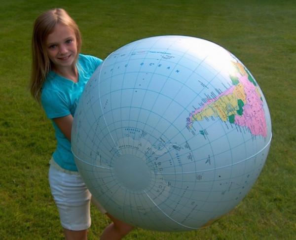 Globus aufblasbar mit knapp 1m - Hellblau Länder